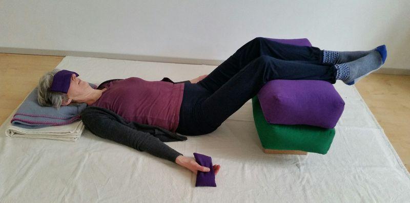 Restorative yoga: de naam restorative zegt het al, je herboren voelen!